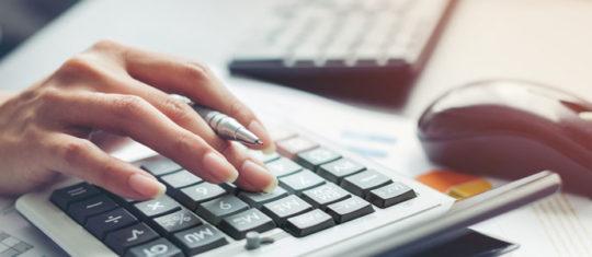 Engager les services d'un expert comptable en ligne